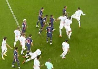 PSG対マルセイユの乱闘